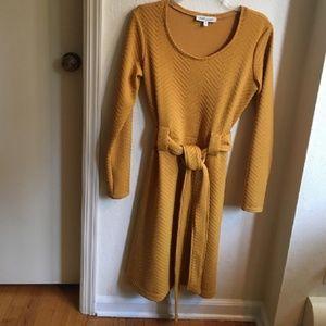 Shabby Apple textured mustard dress w/o belt